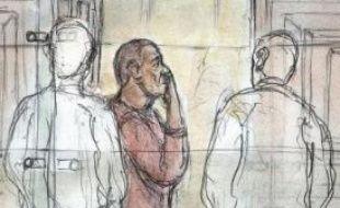 Yvan Colonna a refusé jeudi de comparaître à son procès en appel comme il l'avait annoncé la veille, souhaitant rester dans la souricière du palais de justice de Paris, a-t-on appris à la reprise des débats en début d'après-midi.