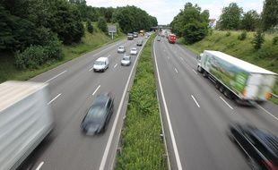 Strasbourg le 11 07 2012. Circulation sur l'autoroute A4 au niveau de Souffelweyersheim (Alsace)