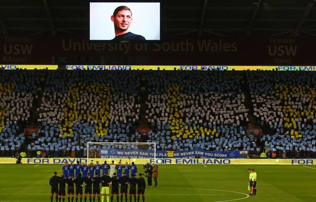 VIDEO. Disparition de Sala: Le club de Cardiff a rendu un vibrant hommage aux disparus