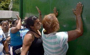 Plus de 20 détenus ont été tués dimanche dans des affrontements entre bandes rivales dans la prison de Yare I, près de Caracas, a annoncé lundi la ministre des Affaires pénitentiaires du Venezuela, Iris Varela.