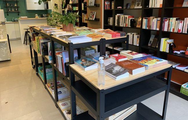 La librairie Calypso, dédiée aux littératures ultramarines et caribéennes, dans le 11e arrondissement de Paris.