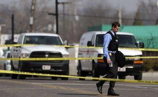 Un policier de Ferguson jeudi 12 mars 2015 après l'agression de deux policiers dans cette ville américaine.