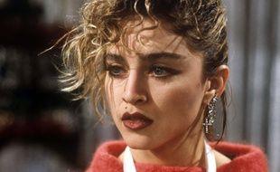 La chanteuse Madonna s'apprête à sortir son nouvel album, Like a Virgin