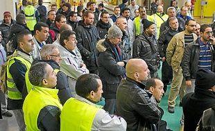Les grévistes de PSA à Aulnay.