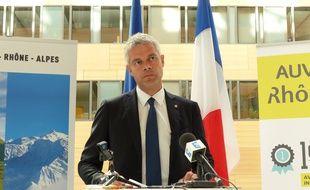 Lyon, le 15 septembre 2016. Le président d'Auvergne Rhône-Alpes Laurent Wauquiez entend s'opposer à l'application du plan Cazeneuve relatif à l'accueil des migrants.