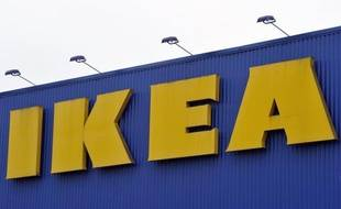 Le géant suédois de l'ameublement Ikea a annoncé mardi qu'il retirait de ses cafétérias dans 23 pays des tartes sur lesquelles les autorités sanitaires chinoises ont trouvé des bactéries généralement témoins d'une contamination fécale.