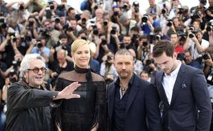 From left, director George Miller, actors Charlize Theron, Tom Hardy and Nicholas Hoult pose for photographers during a photo call for the film Mad Max: Fury Road, at the 68th international film festival, Cannes, southern France, Thursday, May 14, 2015. (AP Photo/Thibault Camus)/XCAN126/456563452658/1505141301