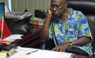 L'ancien vice-président de la Fifa le Trinidadien Jack Warner, dans son bureau au Parlement, le 6 juin 2015 à Chaguanas (Trinité-et-Tobago)