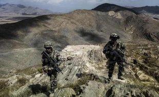 Près de 7% des soldats français qui ont été engagés en Afghanistan souffrent de troubles psychiques, ce qui conduit les armées à renforcer leur suivi et celui de leurs familles pour détecter des traumatismes dont les conséquences peuvent apparaître des années plus tard.