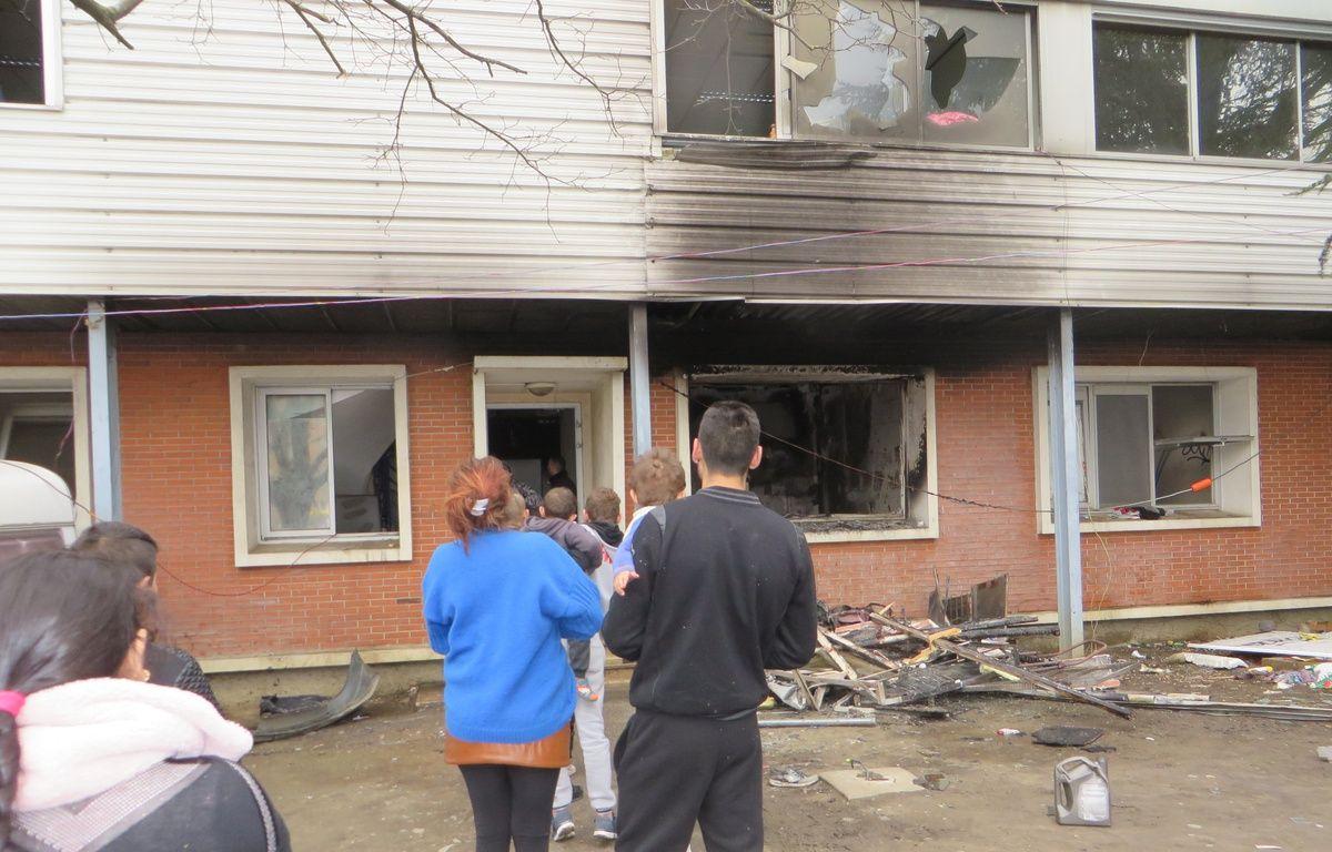 Le 8 mars 2015, après l'incendie du squat des Arènes. – H. Menal - 20 Minutes