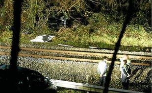 Sous la violence du choc, la voiture a été projetée à plusieurs dizaines de mètres.