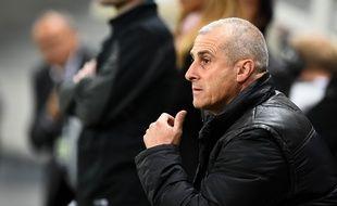 Alain Casanova, l'entraîneur du TFC, lors du match de Ligue 1 entre Toulouse et Lens, le 24 octobre 2014.