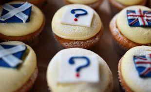 Des «referendum cupcakes», décorés de drapeaux de l'Écosse et du Royaume-Uni, ainsi que d'un point d'interrogation,  dans une pâtisserie d'Édimbourg,  le 16 septembre 2014.