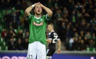 Ricky Van Wolfswinkel s'était vu refuser un but valable contre Qaraba. AFP PHOTO / JEFF PACHOUD