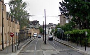 L'accident s'est produit  à proximité de la station de tram Poitou.