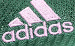 Un logo de l'équipementier sportif allemand Adidas