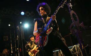 Prince en concert à Londres le 5 avril 2014.