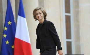 """Le déficit public de la France en 2011, attendu en recul sensible sur les prévisions initiales, met du baume au coeur du gouvernement après la déconvenue de la perte de la note """"triple A"""" du pays, à moins de trois mois de la présidentielle."""