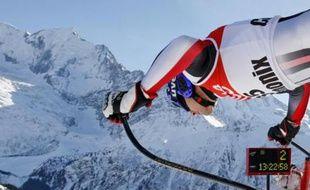 Le Français Jean-Baptiste Grange à l'entraînement lors de la Coupe du monde de ski alpin à Chamonix, le 24 janvier 2008.