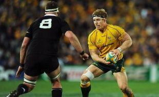 Le capitaine australien David Pocock, blessé au genou droit lors de la défaite face à la Nouvelle-Zélande samedi à Sydney (27-19) comptant pour la première journée du Four Nations, devra être opéré, a indiqué la Fédération australienne de rugby.