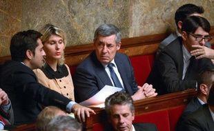 Le député UMP Henri Guaino a assuré jeudi que l'heure n'était pas au débat face à l'intervention française au Mali, l'unité étant nécessaire en temps de guerre.