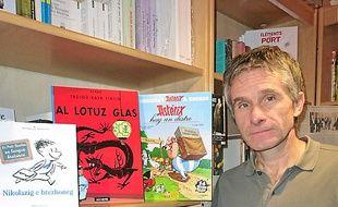 Bruno Duval gère la librairie  L'Encre de Bretagne à Rennes.