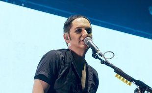 Le chanteur Brian Molko de Placebo sur la scène de l'Edinburgh Usher Hall cette année