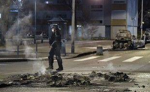 Illustration de violences urbaines survenues le 10 mars à Rillieux-la-Pape près de Lyon (Rhône).