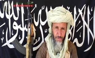 Image tirée d'une vidéo publiée le 25 décembre 2012 par Sahara Media, montrant l'émir d'Aqmi, Abdelhamid Abou Zeid. Le djihadiste aurait été tué par les forces français dans l'extrême Nord du Mali, a indiqué la télévision algérienne Ennahar TV le 28 février 2013.