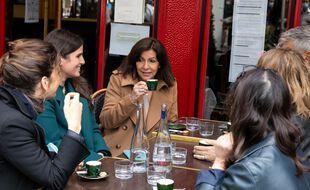 Anne Hidalgo, Maire de Paris en terrasse dans le 6eme arrodissement. Paris, FRANCE-22/05/2021.//04MEIGNEUX_meigneuxB001/2105221421/Credit:ROMUALD MEIGNEUX/SIPA/2105221421
