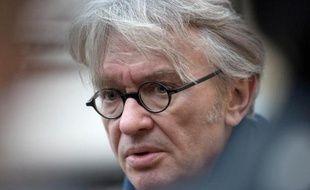 """Le numéro un de Force ouvrière, Jean-Claude Mailly, a réclamé dimanche un coup de pouce au Smic d'""""au moins un point"""" à la veille de l'annonce par le gouvernement de la revalorisation du salaire minimum pour 2014."""