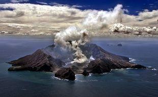 L'île volcanique de White Island, en novembre 1999.