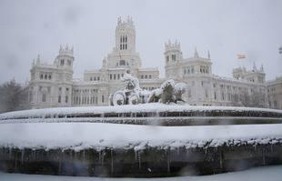 Madrid sous la neige, le 9 janvier 2021. Cibeles Square