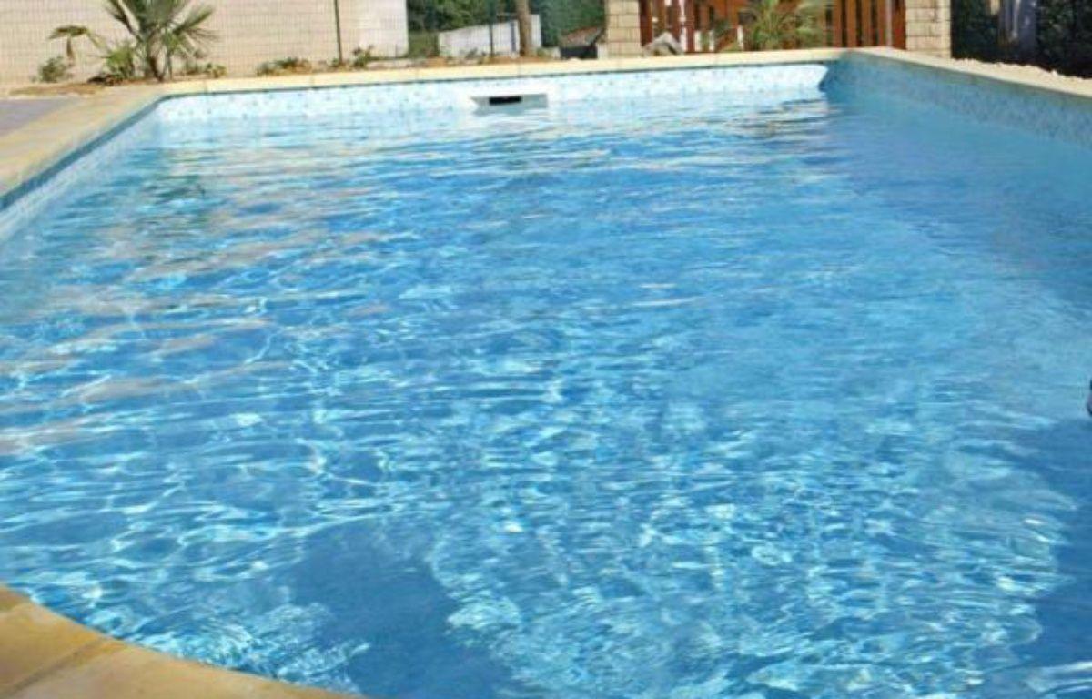 Morbihan un enfant de deux ans meurt noy dans une piscine for Piscine privee rennes