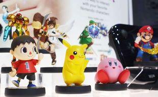 Avec une centaine d'Amiibos, ces figurines connectées, Nintendo séduit un public de collectionneurs.