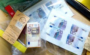 Des faux billets saisis en 2012, à Paris (illustration).