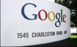 Le moteur de recherche américain a annoncé lundi le lancement de services pour téléphones portables qui permettront l'accès à de nombreuses informations en toute mobilité, via l'internet.