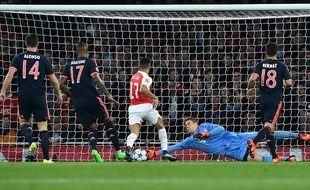 Manuel Neuer lors du match Arsenal-Bayern Munich en Ligue des champions, le 20 octobre 2015 à l'Emirates.