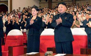 Kim Jong-Un et Hyon Song-Wol, lors de la représentation d'un spectacle à Pyongyang, le 6 juillet 2012