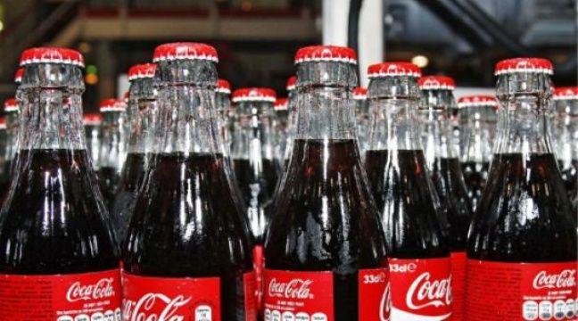 taxe sodas coca cola revient sur sa menace de suspendre. Black Bedroom Furniture Sets. Home Design Ideas