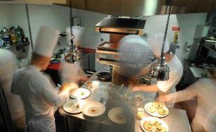 La cuisine d'un restaurant le 28 octobre 2008 à Lyon