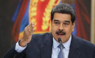 En avril 2018, avant une élection présidentielle au Venezuela, Nicolas Maduro avait répondu durement à Emmanuel Macron qui s'inquiétait du bon déroulement des élections dans le pays.