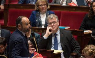 Edouard Philippe et Jean-Paul Delevoye à l'Assemblée nationale, le 10 décembre 2019.