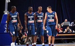 Les basketteurs de l'équipe de France, lors d'un match contre la Hongrie, le 30 juillet 2009 à Paris.