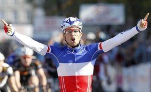 Le dernier grand sprint de la saison est attendu dimanche sur l'avenue de Grammont à l'arrivée de Paris-Tours, la classique de plaine (235,5 km) qui est convoitée par l'Allemand John Degenkolb et le champion de France Nacer Bouhanni mais aussi par les puncheurs.