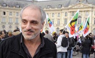 Philippe Poutou le 15 novembre 2011, lors d'une manifestation à Bordeaux.