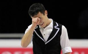 L'Italienne Carolina Kostner et le Canadien Patrick Chan ont dominé le programme court et pris la tête de la finale du Grand Prix ISU de patinage artistique, vendredi à Québec.