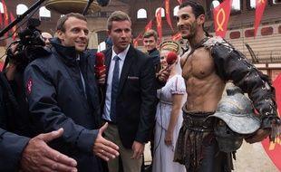 Emmanuel Macron en visite au Puy du Fou en 2016, lorsqu'il était encore ministre de l'Economie (illustration).