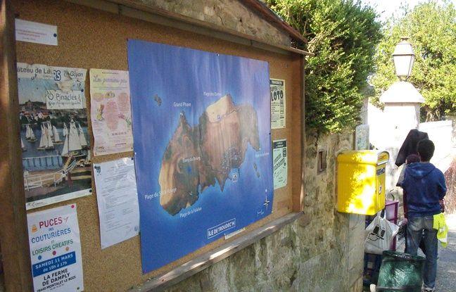Détail du décor de la série « Hollyweed, belle île en herbe » pour OCS à Wy-dit-Joli-Village dans le Val-d'Oise.