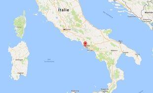 Les Champs Phlégréens, dans le nord-ouest de la baie de Naples où un couple de touristes et leur fils sont décédés.